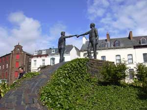Derry Statues